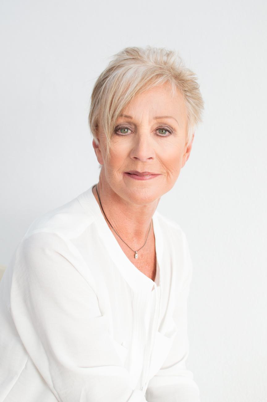 Sue Portrait couture